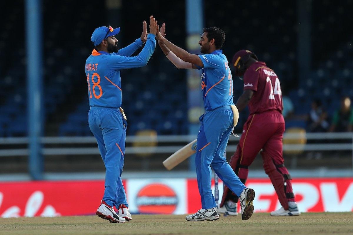 भारतानं वेस्ट इंडीज विरुद्धची टी20 मालिका 3-0 ने जिंकली. त्यानंतर तीन एकदिवसीय सामन्यांच्या मालिकेत 1-0 ने आघाडी घेतली आहे. बुधवारी पोर्ट ऑफ स्पेनमध्ये अखेरचा सामना होणार आहे.
