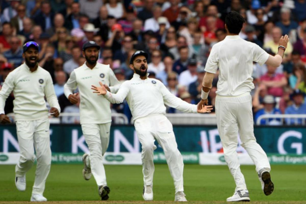 आयसीसी टेस्ट रॅकिंगमध्ये पहिल्या क्रमांकावर असलेल्या भारतीय संघाला पहिली आयसीसी टेस्ट चॅम्पियनशीप जिंकण्याची संधी आहे. मात्र, भारतीय संघाला फलंदाजीवर भर द्यावी लागणार आहे. गेल्या वर्षी दक्षिण आफ्रिका आणि इंग्लंडमध्ये मिळालेल्या पराभवानंतर भारताचे कच्चे दुवे समोर आले. वेस्ट इंडिज विरोधात 22 पासून सुरू होणाऱ्या कसोटी सामन्यापासून भारत या स्पर्धेत सामिल होणार आहे. त्यानंतर दक्षिण आफ्रिका आणि ऑस्ट्रेलिया विरोधात त्यांना खेळायचे आहे.