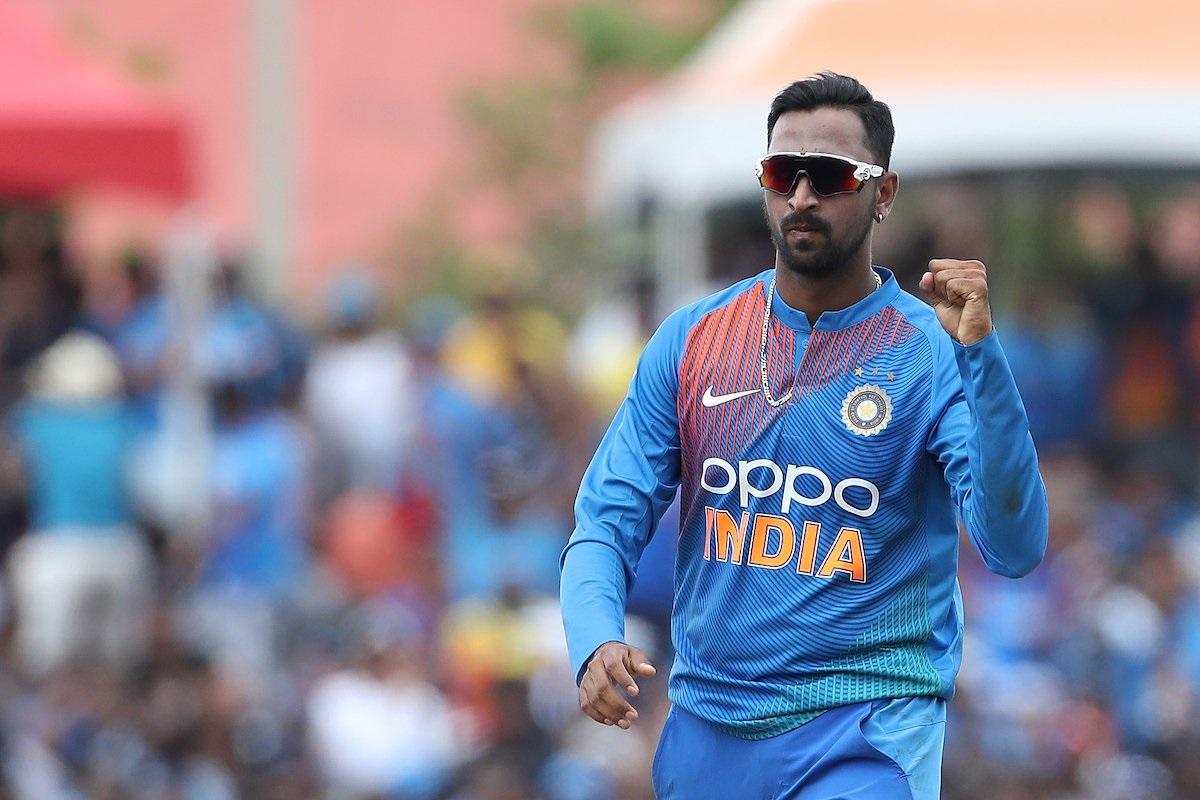 रोहित शर्माचे अर्धशतक आणि कृणाल पांड्याच्या शानदार गोलंदाजीच्या जोरावर भारतानं दुसरा टी-20 सामना जिंकला. त्यामुळं तिसऱ्या सामन्यात नवख्या खेळाडूंना विराट संधी देऊ शकतो.