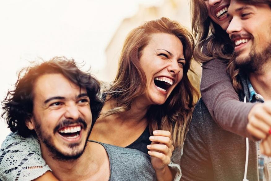 उधार घेणारे मित्र- हे मित्र प्रत्येक ग्रुपमध्ये असतातच. उधार घेतलेले पैसे परत कधीही न देणाऱ्या मैत्रींची तर फौज प्रत्येक ग्रुपमध्ये असते. त्यांच्याकडून पैसे परत मिळवणं हे फार कठीण काम असतं.