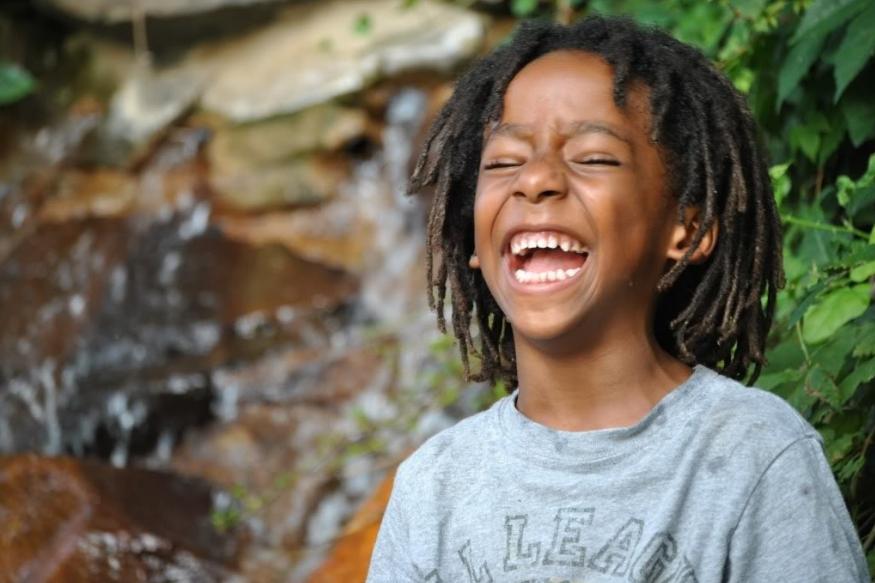 हसण्यामुळे मेंदूत डोपामाइन हार्मोन तयार होतात. हे हार्मोन रोगप्रतिकार क्षमता वाढवतात.