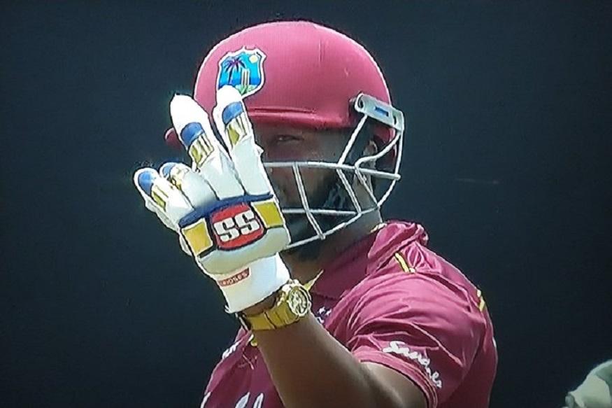 स्फोटक फलंदाजीसाठी ओळखल्या जाणाऱ्या पोलार्डला गेल्या 7 वर्षांपासून फटकेबाजी करता आली नव्हती. पोलार्डनं तब्बल 7 वर्षांनी आतंरराष्ट्री टी20 सामन्यात अर्धशतक केलं. यापूर्वी ऑस्ट्रेलियाविरुद्ध 2012 मध्ये त्यानं नाबाद 54 धावांची खेळी केली होती.