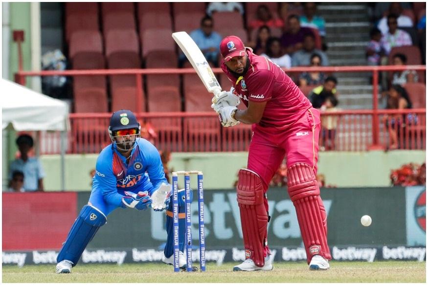 पोलार्डनं गयाना इथं झालेल्या टी20 सामन्यात 6 षटकार लगावले. शेवटच्या टी20 सामन्यता विंडीजच्या फलंदाजांनी एकूण 11 षटकार मारले आहेत.