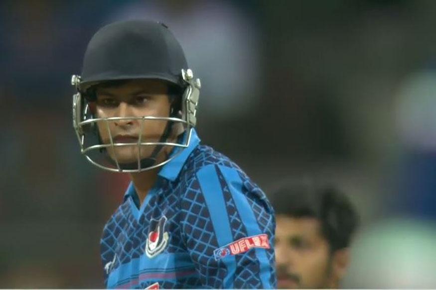 सध्या 31 वर्षांचा असलेल्या प्रशांत गुप्ताला भारताच्या संघात संधी मिळाली नाही. त्यानं 21 प्रथम श्रेणीचे सामने खेळले असून त्यात एक शतक आणि तीन अर्धशतकांच्या जोरावर 879 धावा केल्या आहेत.  तर लिस्ट ए मध्ये 26 सामन्यात एक शतक आणि तीन अर्धशतकांसह 688 धावा केल्या आहेत. टी20 त्यानं 37 सामन्यात 1 हजार 111 धावा केल्या असून यात 1 शतक आणि 5 अर्धशतकांचा समावेश आहे.  तीनही प्रकारात शतक केलेल्या खेळाडूंमध्ये त्याचं नाव आहे.