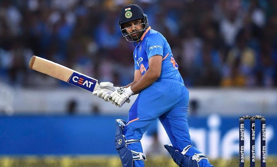 रोहित शर्मा टी-20 क्रिकेटमध्ये सर्वात जास्त धावा करणारा फलंदाज आहे. त्यानं 32.37च्या सरासरीनं  2331 धावा केल्या आहेत. यात चार शतक आणि 16 अर्धशतकांचा समावेश आहे.