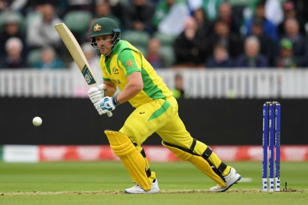 ऑस्ट्रेलियाचा कर्णधार अरॉन फिंचही या यादीत सामिल आहे. झिम्बाम्वे विरोधात झालेल्या सामन्यात त्यानं 172 धावांची तर इंग्लंड विरोधात 156 धावांची तुफानी खेळी केली होती. त्यामुळं टी-20मध्ये अशी अविश्वसनीय कामगिरी करणाऱ्या फलंदाजांच्या यादीत फिंचचा समावेश आहे.