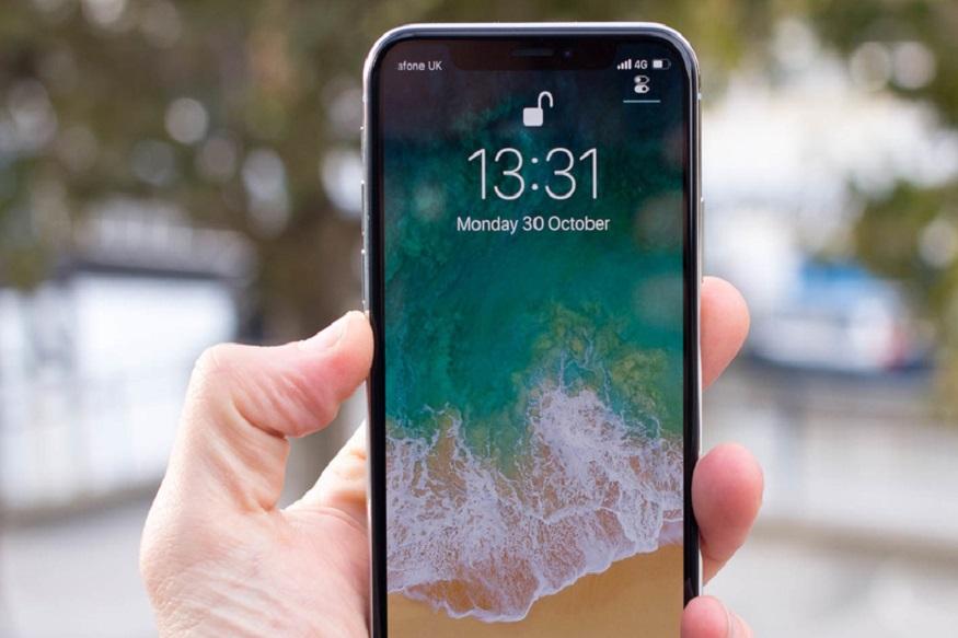 iPhone X 64GB आता 91,900 रुपयांत तर 256 जीबी क्षमतेचा iPhone X  हा एक लाख 6 हजार रुपयांत उपलब्ध आहे.