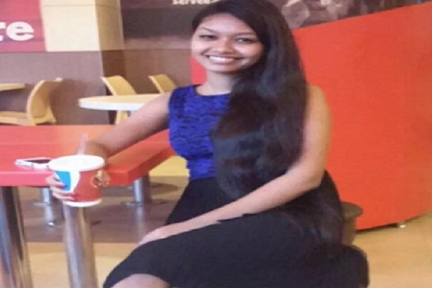ओडिशाची अनुप्रिया मधुमिता लाकडा देशातली पहिली महिला कमर्शिअल पायलट झाली आहे. नक्षलग्रस्त मलकानगिरी जिल्ह्यात राहणारी 27 वर्षांची अनुप्रिया इंडिगो एअरलाइन्सध्ये को पायलट म्हणून काम करणार आहे.