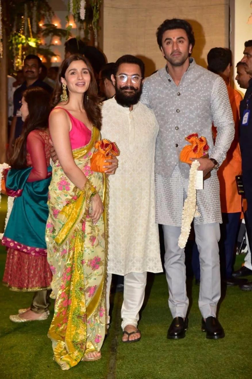 आलिया भट आणि रणबीर कपूर आमिर खानबरोबर