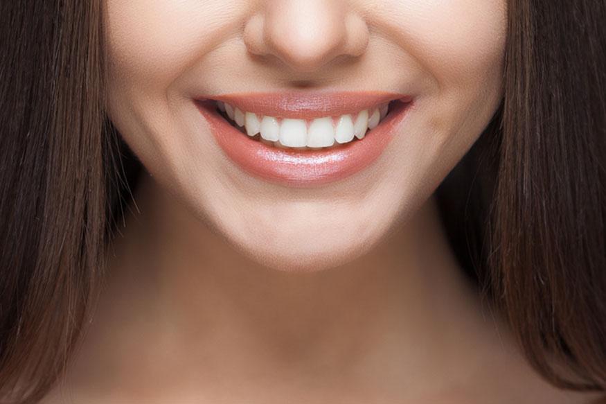 जर तुम्हीही दातांच्या दुखण्यामुळे हैराण झाले असाल तर त्यावर काही घरगुती उपाय