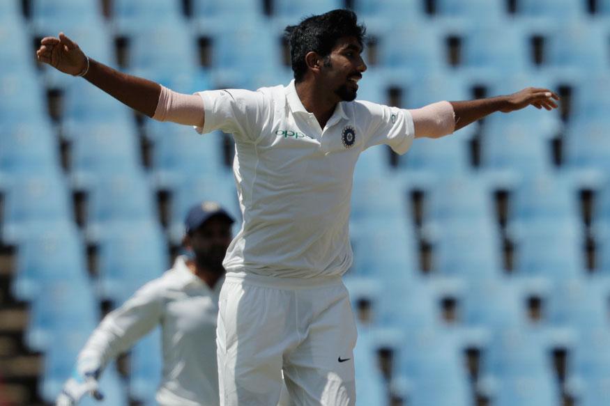 कसोटी मालिकेत भारतीय गोलंदाजींना वेस्ट इंडिजचा सुपडासाफ केला आहे. जिंकण्यासाठी 468 धावांची गरज असताना वेस्ट इंडिजनं 45 धावांवर दोन विकेट गमावल्या आहे. त्यामुळं बुमराहचे लक्ष्य विंडिजच्या फलंदाजांवर दबाव टाकणे आहे.