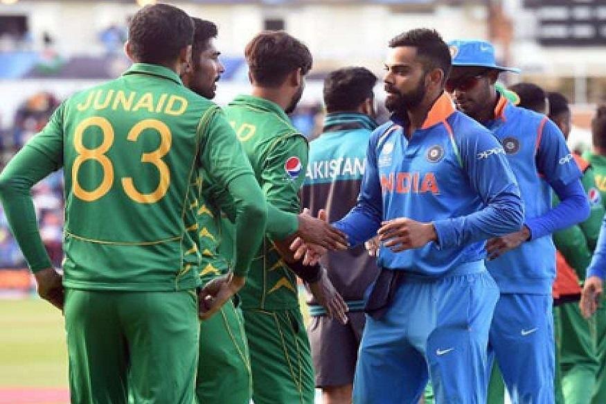 एक काळ असाही होता की काही खेळाडू दोन्ही देशांकडून आंतरराष्ट्रीय क्रिकेट खेळले होते. यामध्ये आमिर इलाही यांचंही नाव आहे. 11 सप्टेंबर 1908 मध्ये त्यांचा जन्म लाहोरमध्ये झाला होता. भारत स्वतंत्र झाल्यानंतर त्याने भारताकडून कसोटीत प्रतिनिधित्व केलं होतं.