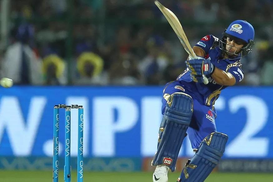टी-20 क्रिकेटमध्ये ऋषभ पंत चांगली कामगिरी करू न शकल्यामुळं इशान किशनला वर्ल्ड कपमध्ये संधी मिळू शकते. इशान किशनं भारतीय संघ अकडून चांगली फलंदाजी केली होती. त्याचबरोबर आयपीएलमध्ये मुंबई इंडियन्सकडून इशानं नेहमीच चांगली फलंदाजी केली आहे.