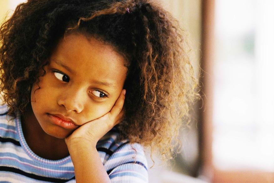 लोक अनेकदा आनंदात आणि दुःखात रडतात. राशी चक्रनुसार राशींवरून एखादी व्यक्ती किती भावनिक असते ते कळू शकते. वेगवेगळ्या राशीची मुलं किती रडतात याबद्दल जाणून घेऊ.