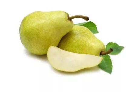 पेर- या फळात कर्करोग दूर करण्याची क्षमता आहे. शरीरातील पेशी वाढण्यासाठी आणि कर्करोगाच्या पेशींशी लढण्यासाठी हे फळ अत्यंत उपयुक्त आहे. तांबे, विटामिन याच्याशिवाय अन्य पोषक तत्त्वांशिवाय यात एन्थोसायनिनही असतं.