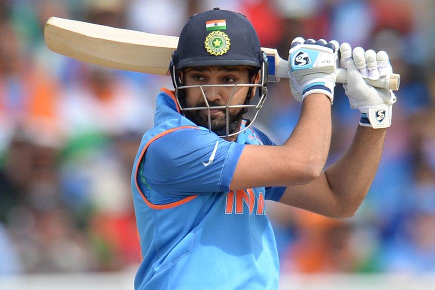 एकदिवसीय क्रिकेटमध्ये अनेक खेळाडूंनी दुहेरी शतक मारण्याची कामगिरी केली आहे. मात्र टी-20 क्रिकेटमध्ये असा पराक्रम कोणत्याही फलंदाजाला करता आलेला नाही. दरम्यान काही टी-20 स्पेशालिस्ट असेही आहेत जे 20 ओव्हरमध्येही ही कामगिरी करू शकतात.