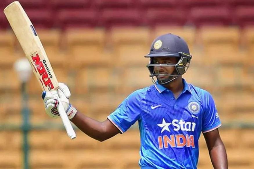 केरळचा फलंदाज संजू सॅमसननं 2015मध्ये एकमात्र आंतरराष्ट्रीय टी-20 सामना खेळला. मात्र आयपीएलमध्ये राजस्थान रॉयल्सकडून खेळताना शानदार प्रदर्शन केले आहे. संजू सध्या फॉर्ममध्येही आहे. इंडिया ए आणि दक्षिण आफ्रिका ए यांच्यात झालेल्या सामन्यात संजूनं 48 चेंडूत 91 धावा केल्या. त्यामुळं त्याला संघात जागा मिळू शकते.
