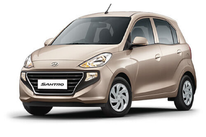 Santro ह्यूंडाईच्या सर्वात स्वस्त कारपैकी एक असलेल्या या कारवर 40 हजार रुपयांची सूट दिली जात आहे. या कारची किंमत 3.90 लाख रुपयांपासून आहे.