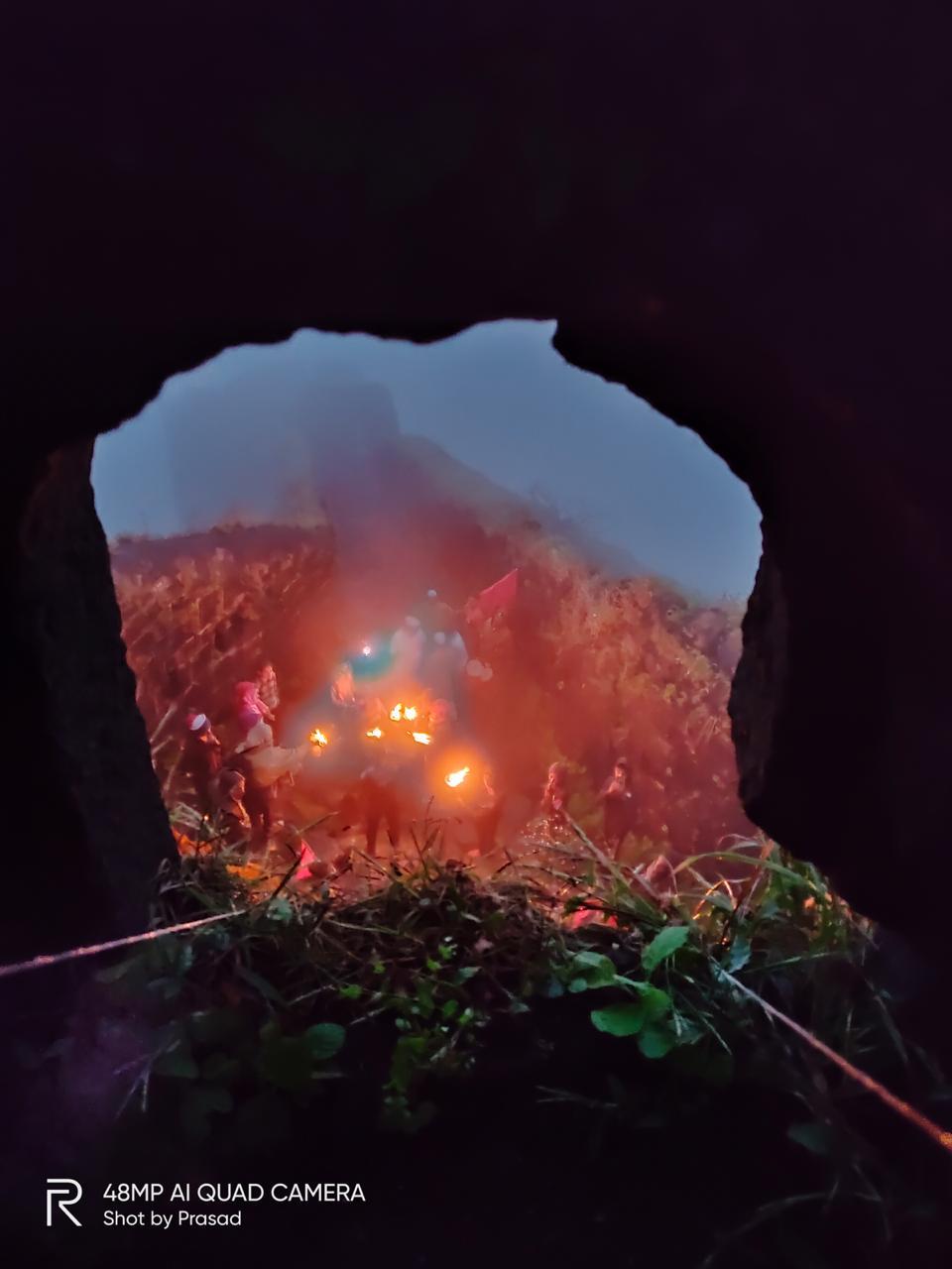 सर्वप्रथम राजगडावर स्वच्छता मोहीमेत सर्वांनी सहभाग घेतला. त्यानंतर रात्री पद्मावती देवीच्या मंदिरात जागरण गोंधळाचे आयोजन करण्यात आले होते.
