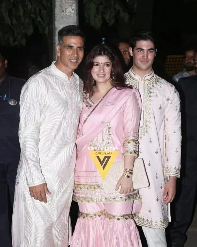 बच्चन कुटुंबियांच्या या पार्टीत अक्षय कुमार सहकुटूंब पोहोचला.