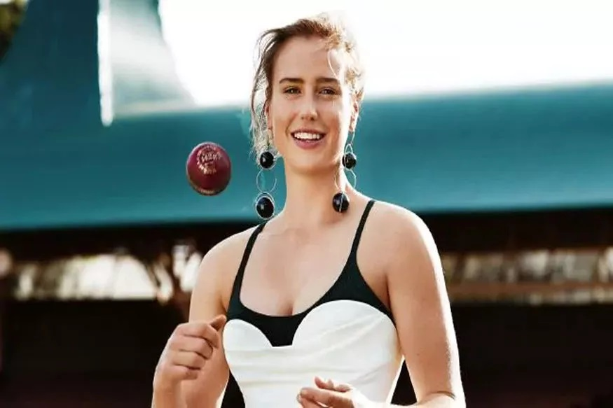 जगातील सौंदर्यवती खेळाडूंबाबत सर्वात अग्रस्थानी आहे ऑस्ट्रेलियाची अष्टपैलु खेळाडू अॅलिस पॅरी (Ellyse Perry).