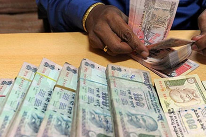 जगातीलसातव्या नंबरचा सर्वात श्रीमंत देश म्हणजे अमेरिका.या देशात प्रत्येक व्यक्ती महिन्याला किमान10 लाख79 हजार187 रुपये कमवतो.