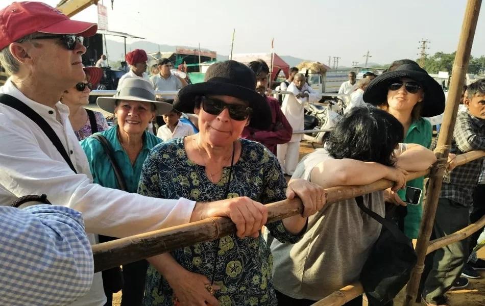 भीमची होणारी चर्चा पाहता देश-विदेशातले पर्याटक त्याला भेटण्यासाठी पुष्करमध्ये मोठी गर्दी करतात. भीमला भेटण्यासाठी पर्यटक तासंतास रांगेत उभे असतात.