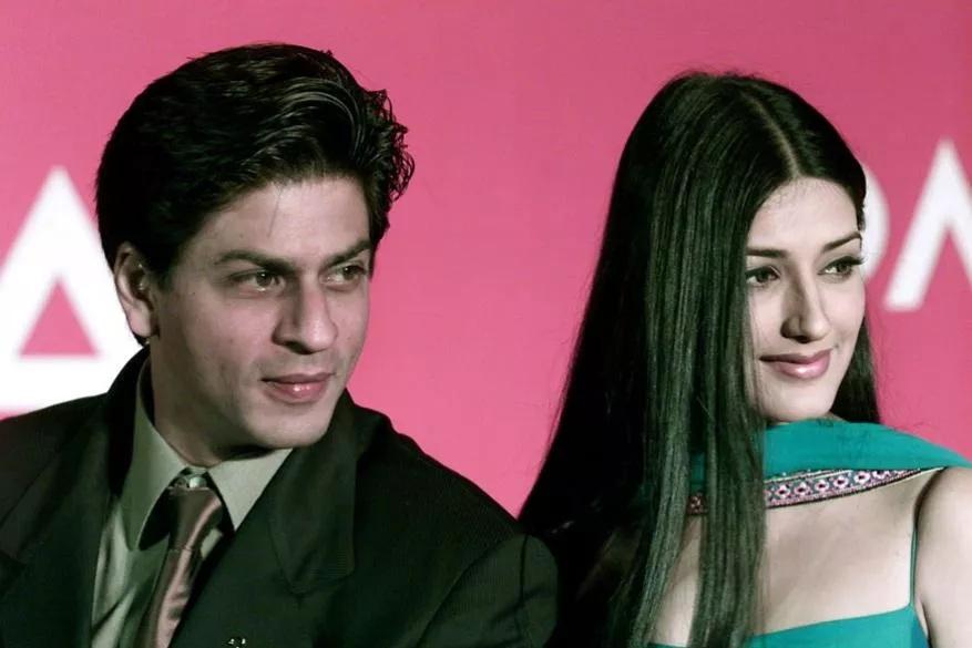 शाहरुख खान आमि सोनाली बेंद्रे यांचा दुर्मिळ फोटो