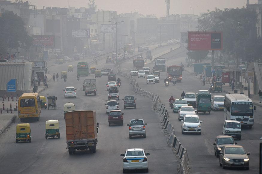 पर्यावरण कामगिरी निर्देशांकानुसार भारताबद्दल बोलायचे झाले तर आपण 177 व्या स्थानावर आहे. आपल्या देशात हवा फक्त 5.75 टक्के स्वच्छ आहे.