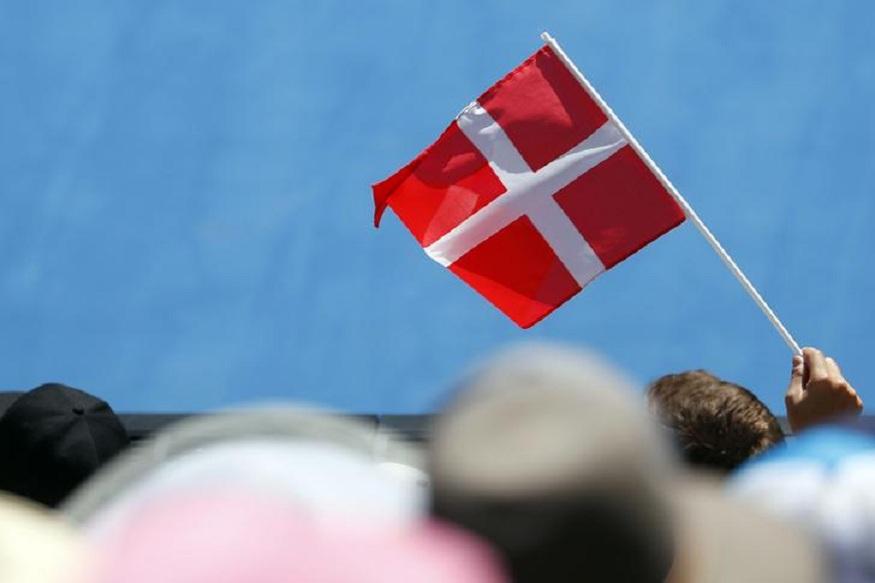 सर्वात स्वच्छ हवा आणि पर्यावरणात डेनमार्क देश पाचव्या स्थानावर आहे.पर्यावरण कामगिरी निर्देशांकनुसार इथली हवा 99.16 टक्के स्वच्छ आहे.