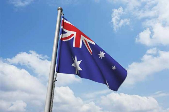 सर्वात स्वच्छ पर्यावरण आणि हवा ही ऑस्ट्रेलियाची आहे.पर्यावरण कामगिरी निर्देशांकानुसार इथली हवा 100 टक्के स्वच्छ आहे.