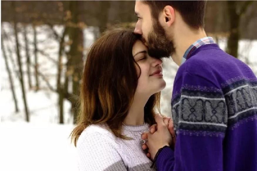 दुसरं सगळ्यात महत्त्वाचं म्हणजे आपल्या जोडीदाराला आहे तसं स्वीकारा.