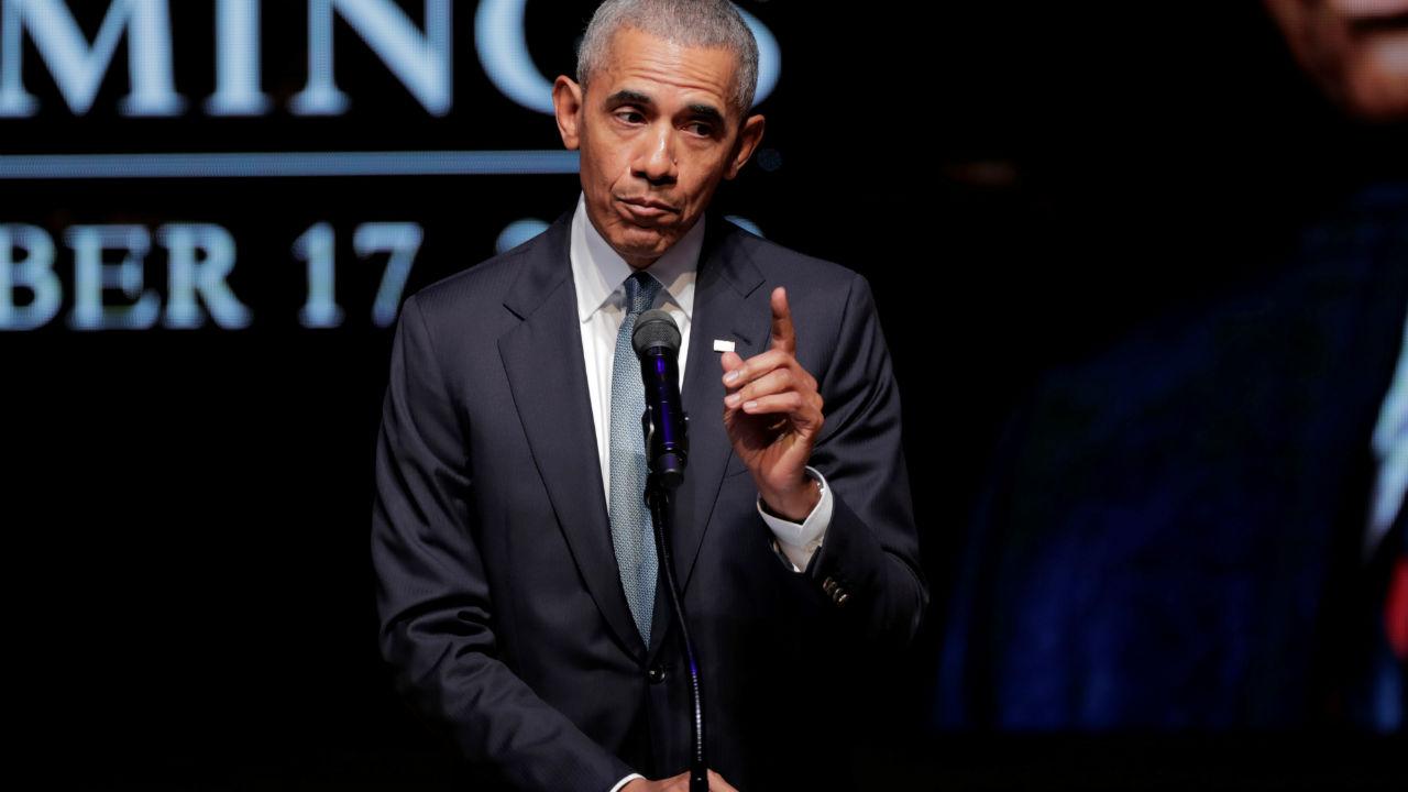 अमेरिकेचे माजी राष्ट्राध्यक्ष बराक ओबामा यांचंही नाव या यादीत आहे.