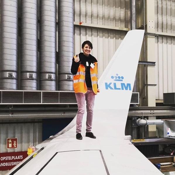 मिशेलला बोईंगचे पंख, त्याच्या आकार आणि थ्रस्टर प्रचंड आवडले. मिशेलच्या मते हे तिचे Long Distance Relationship आहे.