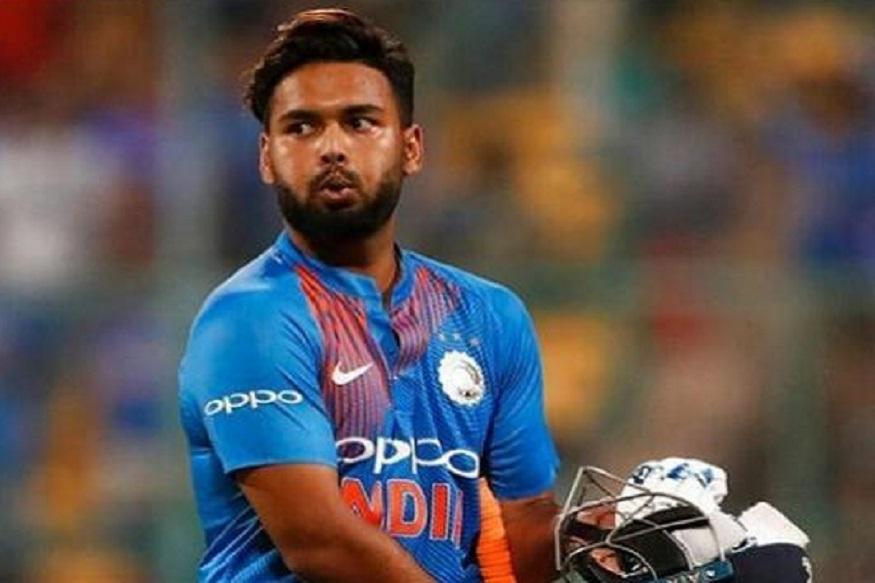 भारतीय क्रिकेट संघाचा युवा यष्टीरक्षक फलंदाज ऋषभ पंतने सुमारे एक महिन्यापूर्वी टी -20 संघात स्थान मिळवले होते. पंत हा विश्वचषकातील विकेटकीपर मानला जात होता परंतु आता केएल राहुलमुळे समीकरण बदलले आहे.