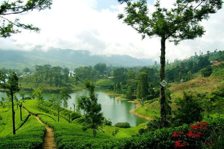 श्रीलंका - नैसर्गिक सौंदर्यानी नटलेलं असा श्रीलंका. इथे तुमची कमीत कमी पैशांत राहण्याचीआणिखाण्यापिण्याची सोय होईल. कित्येक भारतीय इथं जातात, यामागे धार्मिक कारणही आहे. याच ठिकाणी रामाने रावणाचा वध केला होता.(Pic credit -www.srilanka.travel)