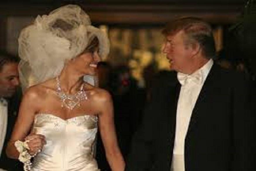 2005मध्ये पाम बीचवर डोनाल्ड ट्रम्प आणि मेलेनिया यांचं लग्न पार पडलं. त्यावेळी मेलेनिया यांनी 1 लाख डॉलरचा ड्रेस परिधान केला होता. यावेळी हॉलीवूडच्या अनेक कलाकारांनी उपस्थिती दर्शवली होती. लग्नामध्ये बिल गेट्स आणि हिलारी क्लिंटनदेखील उपस्थित होत्या