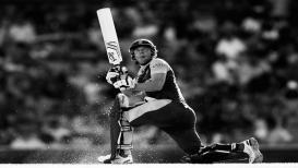 क्रिकेटचं वादळ एबी डी'व्हिलियर्सला बाय-बाय...