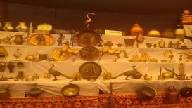 पुण्यात भरलंय पितळ, तांबे आणि चांदीच्या भांड्यांचं प्रदर्शन
