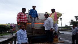 मुंबईला आज दूधपुरवठा नाही, शेतकरी आक्रमक तर सरकारचा करावाईचा इशारा