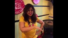 VIDEO : मुंबईच्या खड्ड्यांवर मलिष्का 'झिंगाट', तिचं नवं गाणं पाहिलंत का?