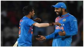 Live Cricket Score, India Vs Pakistan Asia Cup 2018: टीम इंडियाची शानदारी खेळी,पाकच्या कशाबशा 50 धावा पूर्ण