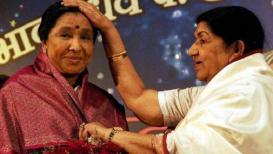 VIDEO : लता दीदी@90 : लता दीदी आणि आशा ताईंमध्ये खरंच भांडण होतं का? खुद्द दीदींनीच केला खुलासा!