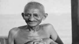 बापू@150 : 'फक्त मुलं जन्माला घालण्यासाठीच संभोग करावा', गांधीजींचा होता गर्भनिरोधकांना विरोध