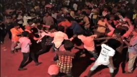 VIDEO : भाजप आमदाराच्या समर्थकांनीच लावला डीजे,तरुणांची तुफान मारामारी