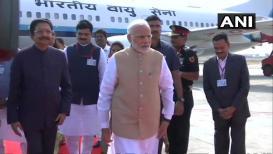 LIVE: पंतप्रधान मोदी शिर्डी विमानतळावर दाखल