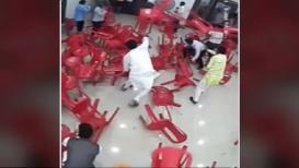 VIDEO : मुंबईत राष्ट्रवादीच्या बैठकीत तुफान राडा, पहा काय झालं ते...