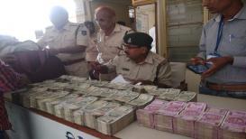 धक्कादायक PHOTOS : मध्य प्रदेशच्या निवडणुकांसाठी महाराष्ट्रातून जातोय काळा पैसा?