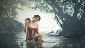 आयुर्वेदानुसार आंघोळ करताना चुकूनही करू नका या चुका
