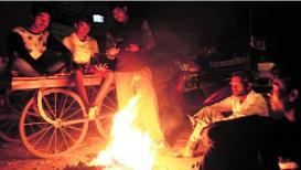 महाराष्ट्रात हुडहुडी वाढली, कोल्हापुरात गारठ्यानं 2 जणांचा मृत्यू